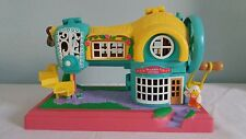 Vintage 1990s Polly Pocket Sewing Machine House with 1No. Figure