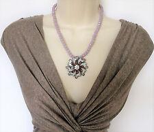 Hermoso Collar Colgante de Flor Lila Geométrico facetas granos Y Cristales