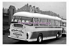 gw0040 - Landers of Rainworth Coach 833 HVO at Blackpool in 1961 - photograph