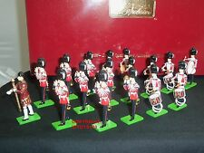 BRITAINS 41175 GRENADIER GUARDS DRUM AND FIFE BAND METAL TOY SOLDIER FIGURE SET