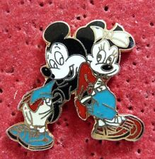 BEAU PIN'S DISNEY MICKEY MINNIE EGF