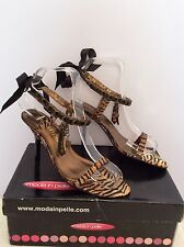 MODA IN PELLE BROWN TIGER PRINT RIBBON & CHARMS STRAPPY HEEL SANDALS SIZE 3.5