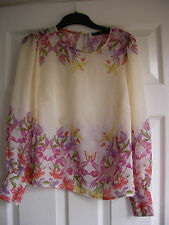 ladies cream floral  Floaty top size 8
