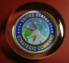 UNITED STATES  STRATEGIC COMMAND . HEAVY GLASS PAPERWEIGHT