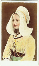 Photo cdv : Jeune femme avec coiffe de tradition des Pays-Bas , vers 1875