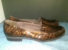 SOFT STYLE HUSH PUPPIES BROWN FAUX CROC LEATHER WOMENS 11 CUSHIONED LOAFERS