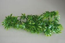 Plante En Plastique Réaliste Pour Vivarium Cannabis Moyen 38 cm Utilisation