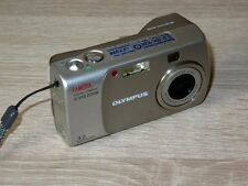 Olympus CAMEDIA C-310 Zoom / D-540 Zoom 3.2MP Digital Camera - Silver