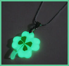 Lucky Irish Real 4-Leaf Clover Necklace,Glow in dark