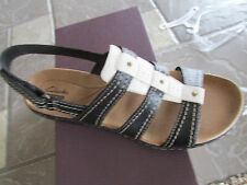 NEW CLARKS LEISA DAISY BLACK STRAPPY SANDALS WOMENS 8.5 STYLE: 05192 FREE SHIP