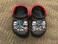 crocs Boys' CC Star Wars Darth Vader Clog