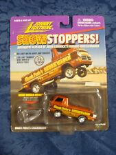 Show Stoppers: Chuck Poole's Chuckwagon * 1:64 Die-Cast Metal * Johnny Lightning