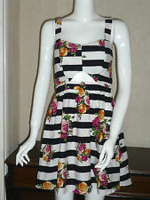 BNWT Ladies Very Pretty Fashionable Summer Dress Holiday Outfit Size 8