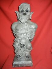LARGE DEMON GARGOYLE BUST STATUE HALLOWEEN HORROR PROP - AWESOME DETAIL LooK