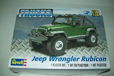 REVELL Monogram Jeep Wrangler Rubicon 1:25 Scala Kit in Plastica