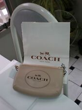 NWT COACH F51788 HORSE & CARRIAGE LEATHER MAKE UP  BAG WRISTLET SV /LIGHT  BEIGE