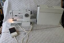 PFAFF 1222 SEWING MACHINE WITH PEDAL, ATTACHMENTS & CASE  Parts/Repair