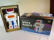 **NEW**Space Robot Radio Shack Programmable Toy 60-2389 w/ Box & Instructions