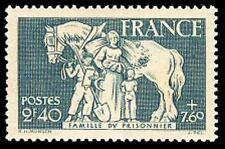 "FRANCE STAMP TIMBRE N° 586 "" FAMILLE DU PRISONNIER 2F40+7F60 "" NEUF xx"