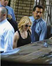 1 Photo Foto Vera Madonna Veronica Ciccone leaving her apartment in NYC 2001