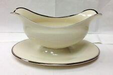 """LENOX """"MONTCLAIR"""" GRAVY BOAT/ATTACHED STAND 8 1/2"""" IVORY BONE CHINA NEW  U.S.A."""