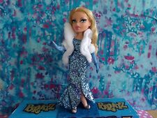 BRATZ FACTZ BRATZ THE MOVIE CLOE 2007 ENCRUSTED GLITTER GOWN ROOTED LASHES
