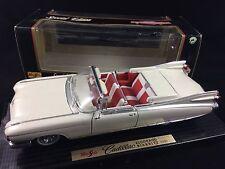 Maisto Modellauto Cadillac Eldorado Biarritz 1959 Vintage Oldtimer 1:18 1/18 OVP