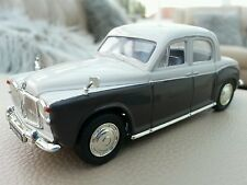 1:43 Die Cast Car Lledo Vanguards Rover P4 Beige Brown VA19001 Boxed Excellent
