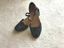 NEW w/o box Clarks Collection women shoes closed toes strap US 9 M EUR 40 black