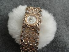 Vintage 17 Jewels Belair Wind Up Ladies Watch with a Pretty Band