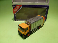 SIKU 2931 MERCEDES BENZ  REFUSE TRUCK - 1:55 - GOOD CONDITION IN BOX