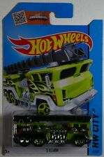 Hot Wheels 2015 HW City - 5 ALARM (Green Fire Engine) #51/250 - New In Packet