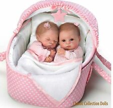 "Ashton Drake ""LULLABY TWINS Heather e Hannah"" - 14 ""realistici BABY DOLLS-NUOVO"