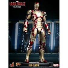 Hot Toys Movie Masterpiece Diecast Iron Man 3 Mark XLII MMS197D02 Usato Used
