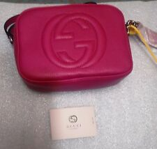 GUCCI Soho Disco Bag / Crossbody in Gucci's Light Natural Grain Leather-Hot Pink