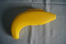 Tupperware banana keeper lunch storage Forget Me Not yellow #6167A-3 EUC