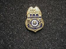 U. S. FEDERAL AVIATION AGENCY (FAA) SPECIAL AGENT MINIATURE BADGE HAT PIN