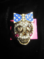 BETSEY JOHNSON IVY LEAGUE GIRL SKULL WITH BOW STRETCH RING SIZE 7