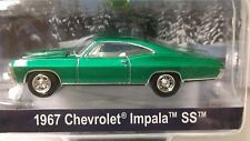 Greenlight 2016 Holiday Ornaments 1967 Chevrolet Impala SS in Green