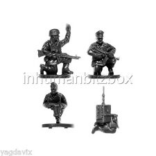 GLP03 HQ TEAM + RADIO + BASE P GERMAN PARATROOPER LATE FLAMES OF WAR PSC 15mm