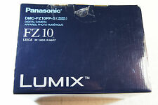 Panasonic LUMIX DMC-FZ10 4.0 MP Digital Camera with LEICA 26X Zoom Lens, Silver