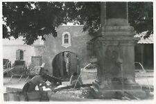 GUILLESTRE c. 1935 -Laveuses  Lavoir  Fontaine de Salva  Hautes-Alpes - DIV 6440