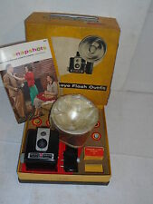 Kodak brownie hawkeye flash outfit model camera no.177k