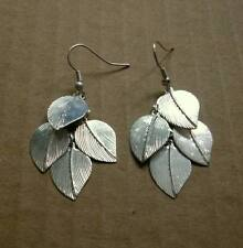 Bright Silver-Colored Metal DANGLING FOUR-LEAF Pierced Earrings