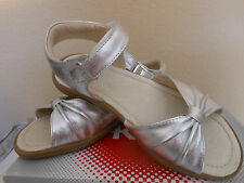 NEW See Kai Run Amber Silver Leather  Todler Girls Sandals Sz 10 US Shoes