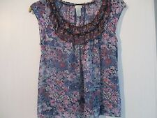 "Pure Silk Odille short sleeved top in size 34"" floral, on trend."