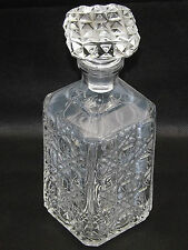Élégant moulé pressé en verre lourds decanter carré traversé Diamond Star Design