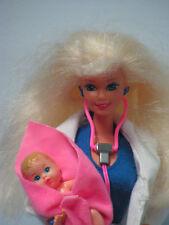 barbie vintage n° 11160 PEDIATRE    1994