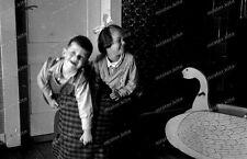 Negativ-Darmstadt-Geschwister-Spiel-Mode-Vintage-girl-boy-playing-1930er-Jahre-3