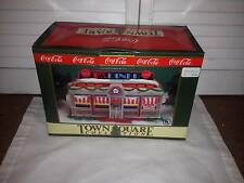 1993 COCA COLA TOWN SQUARE COLLECTION - TICK TOCK DINER      NEW IN BOX